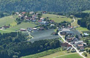 Luftbild über Hafning